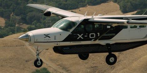 Premier vol intégral d'un avion autonome