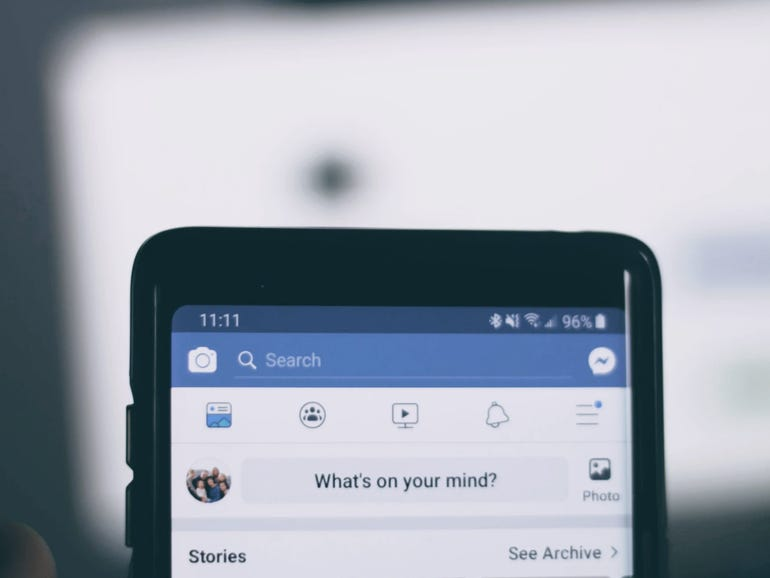 Apple stops Facebook app update calling out 30% sales 'tax' | ZDNet