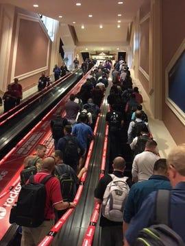 conference-crowd-escalator-vmworld-joe-mckendrick-august-2017.jpg