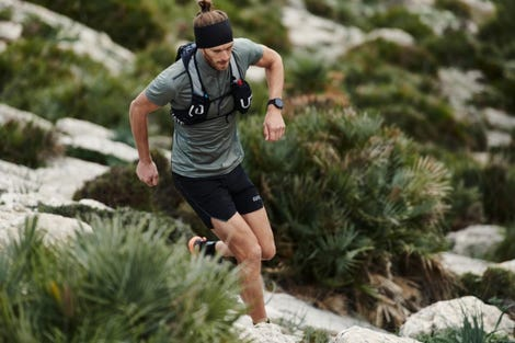 trail-running-grit-x-male-9-rgb-expires-april-2023.jpg