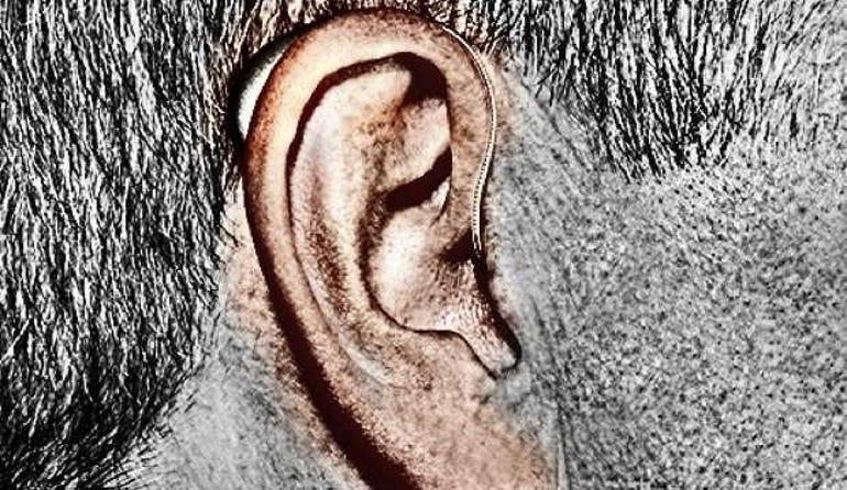 Pairing an iOS device to a hearing aid