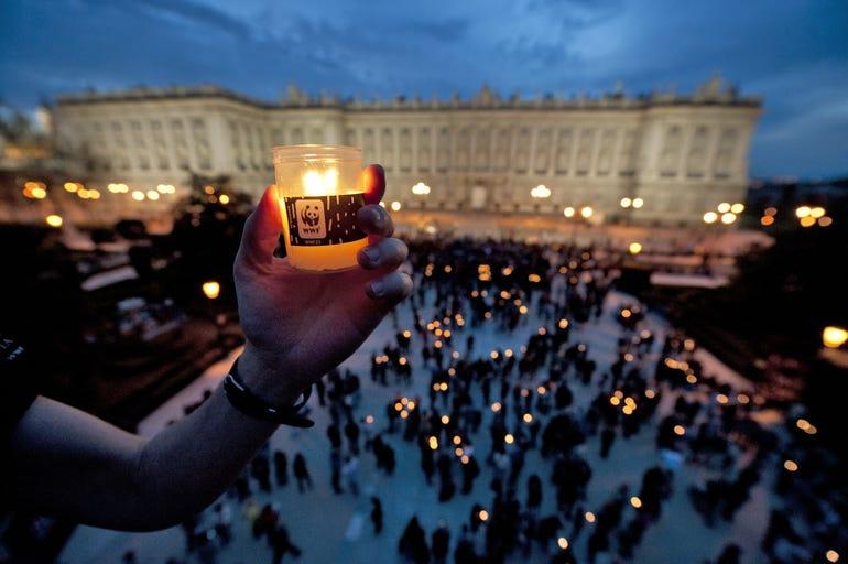 Spain_Madrid_Earth Hour 2012_© Jorge Sierra-WWF Spain_08