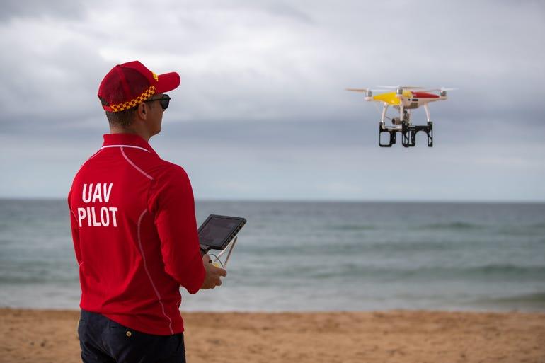 tom-caska-chief-remote-pilot-surf-life-saving-with-westpac-life-saving-rescue-drone-hovering-overhead3.jpg