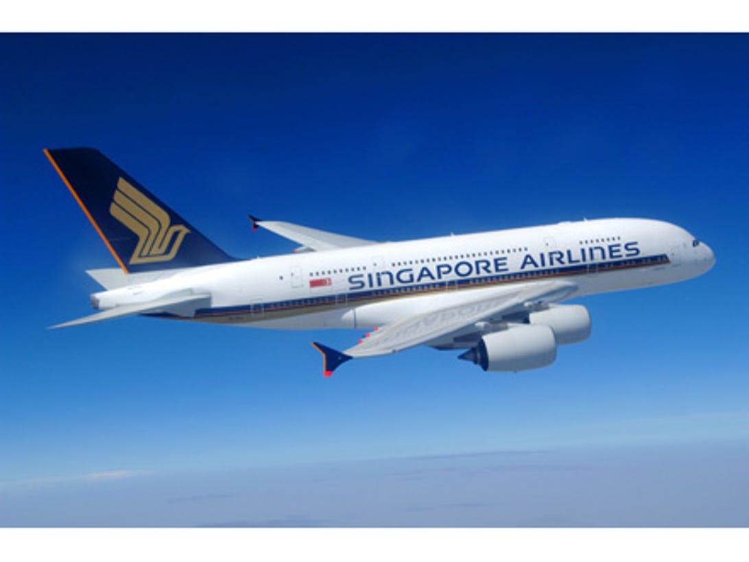 photos-airbus-a380-takes-off1.jpg