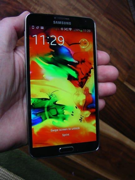 Sprint Samsung Galaxy Note 3 in hand