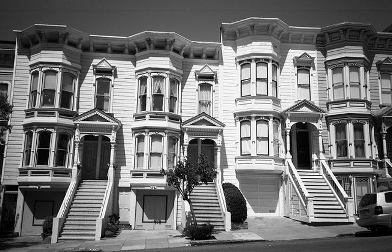 pacific-heights-san-francisco-bw-flickr-atomicjeep-640px