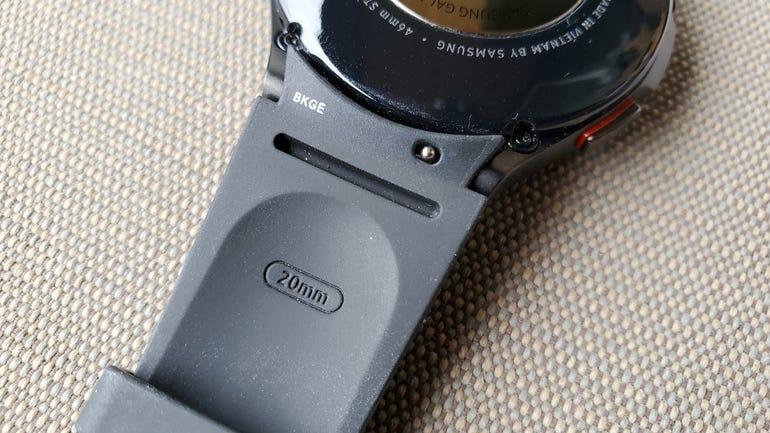 samsung-galaxy-watch-4-classic-4.jpg