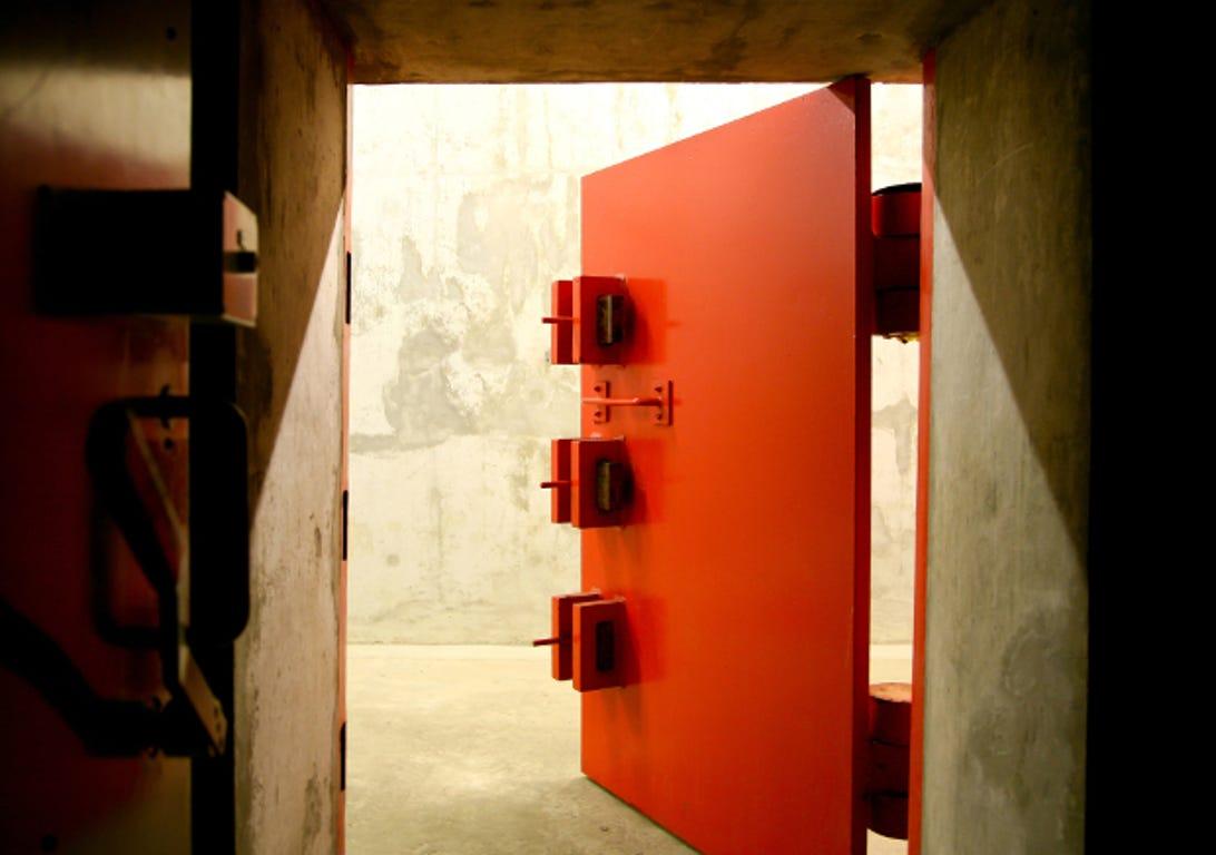 bunker2015julinsidedoor5.jpg