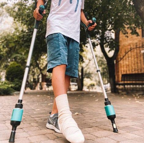 comeback-mobility-smart-crutch-tips-user-telemedicine.jpg