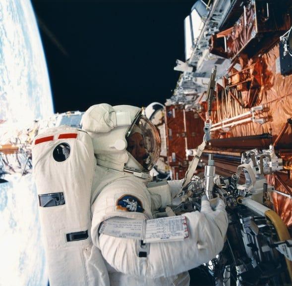 Hubble Space Telescope repair