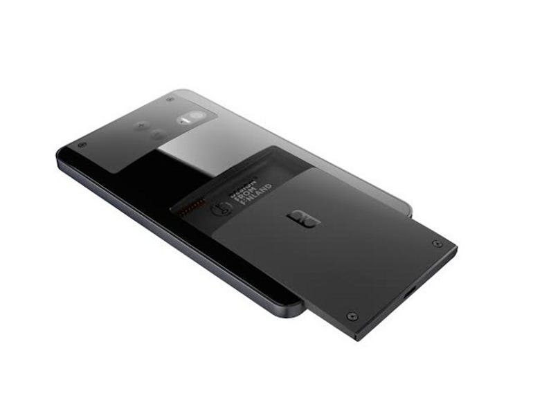 The latest design of the Puzzlephone