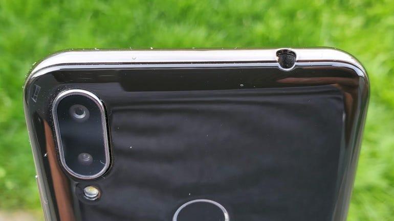 nuu-mobile-x6-5.jpg