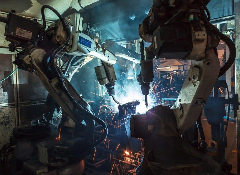 robots-welding-factory-istock.jpg