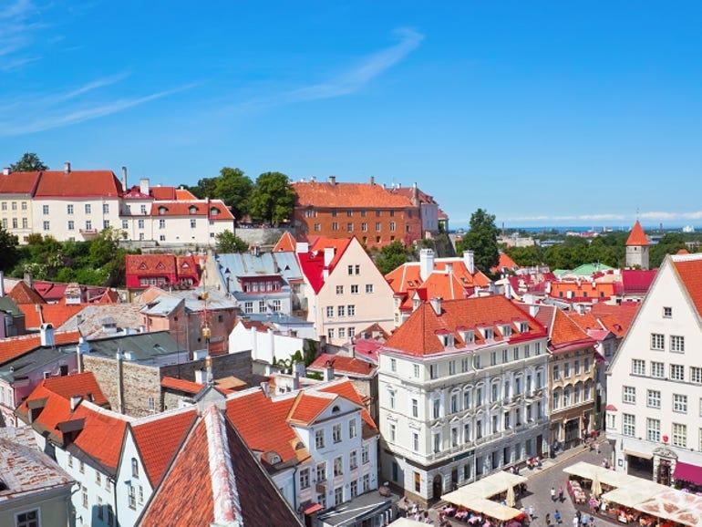 tallinn-square-estonia-thumb