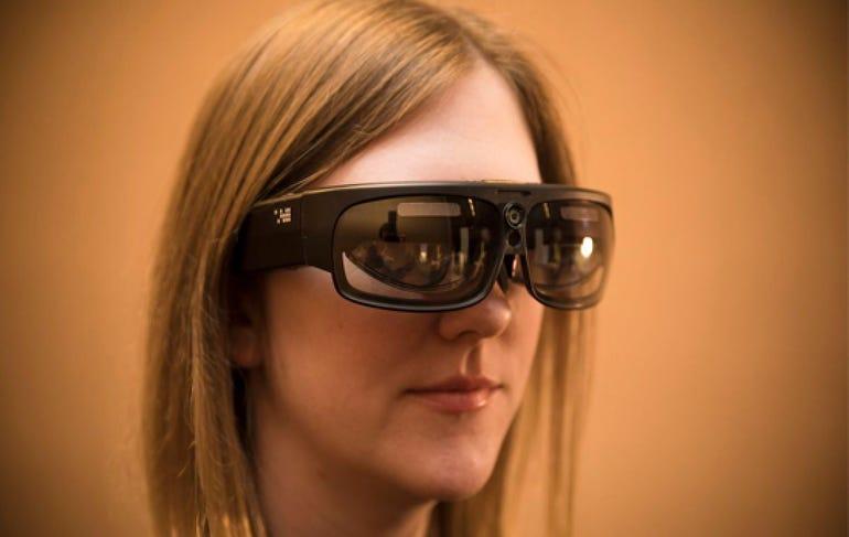 ODG R-9 VR glasses
