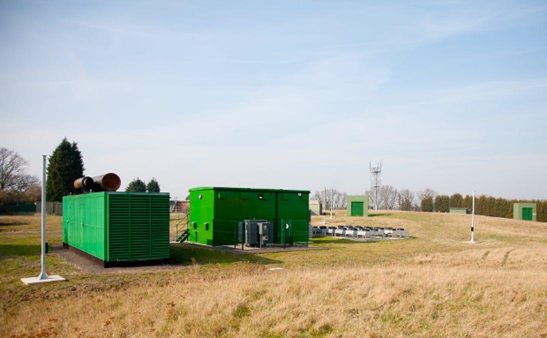 bunker2015juldieselgenerator10.jpg