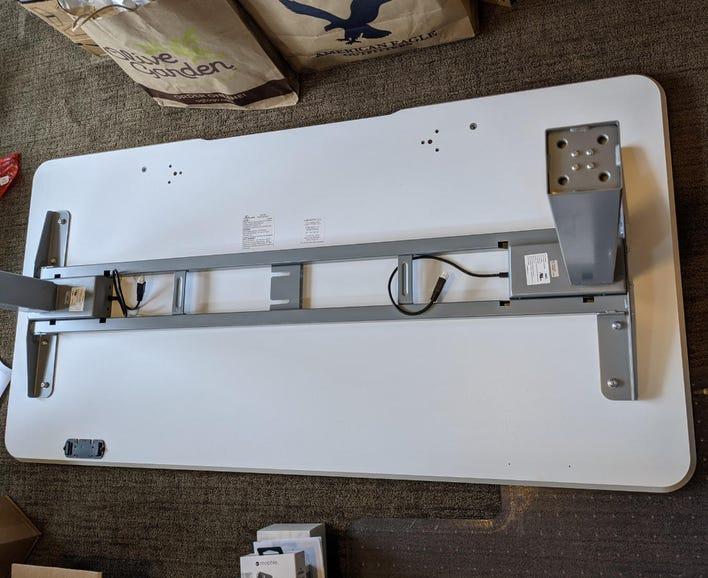 Installing the leg support brackets