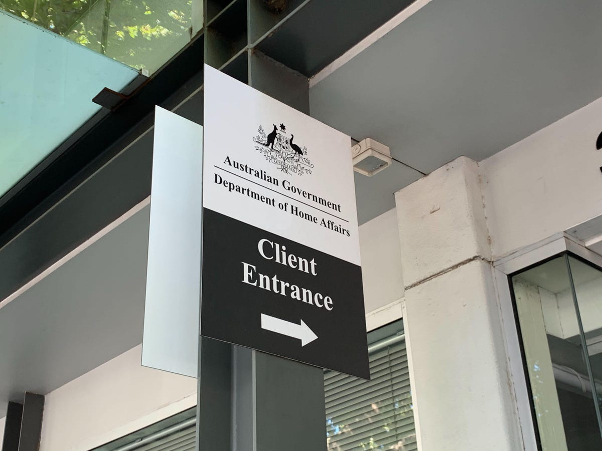 department-of-home-affairs-canberra-client-entrance-zoomed.jpg