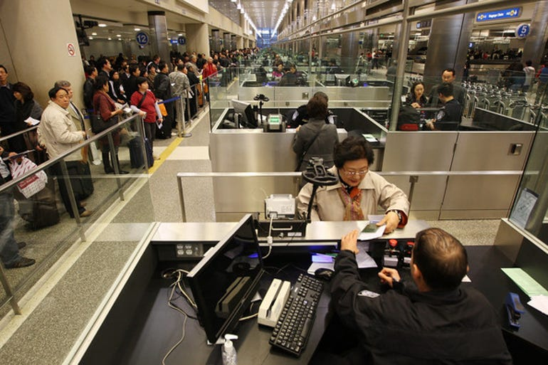 customs-border-patrol-processes-holiday-travelers-e5xts6eyukdl.jpg