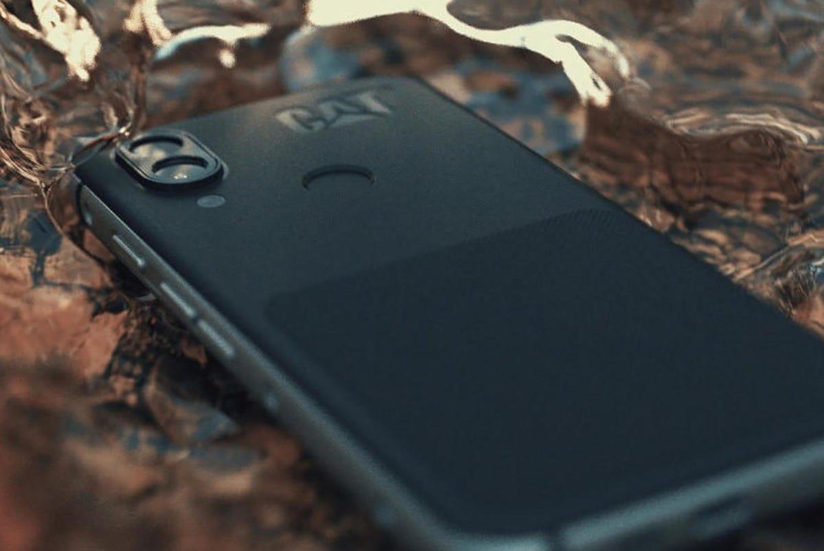 cat-s60-pro-review-best-camera-phone.jpg