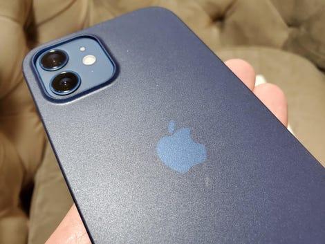 totallee-iphone-12-3.jpg