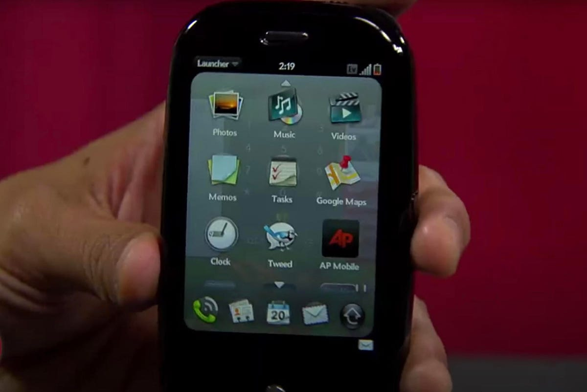 palm-pre-with-webos.jpg