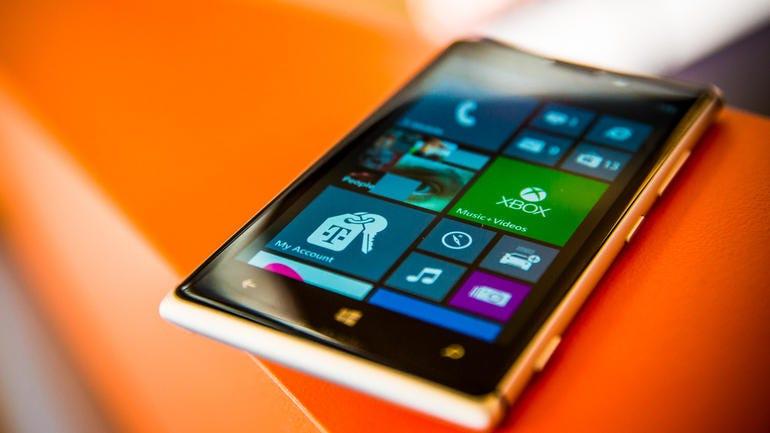 Nokia-Lumia-925-CNET