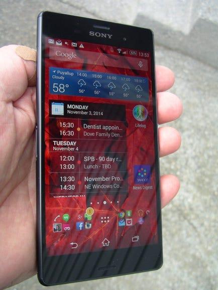 Sony Xperia Z3 in hand