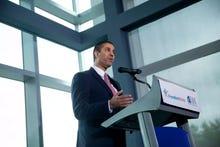 FCC chairman's net neutrality fix: 'Clinton-era light touch'