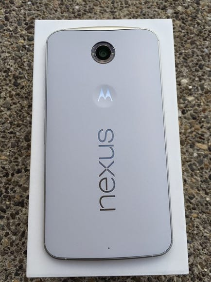 Back of the Nexus 6 with ring flash around the camera