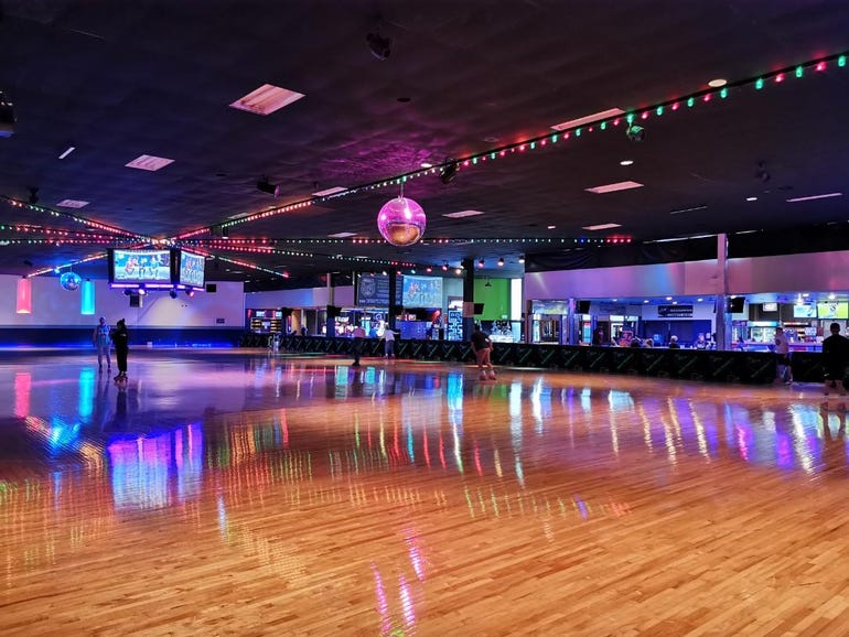 Roller skating with the P30 Pro