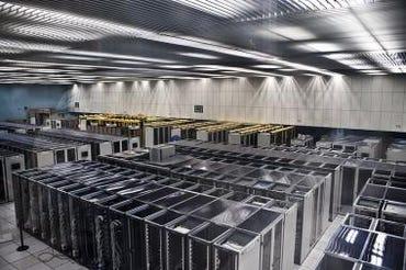CERN_Server_Room_Wikimedia_Commons