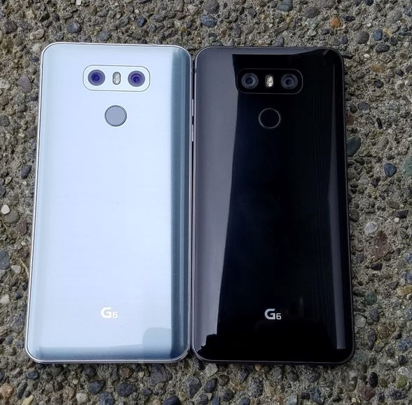Back of the LG G6