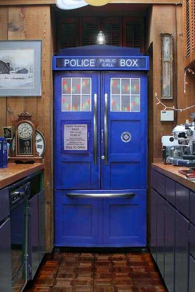Dr. Who Tardis fridge