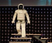 ASIMO-photo from Honda News Release Site-cropped