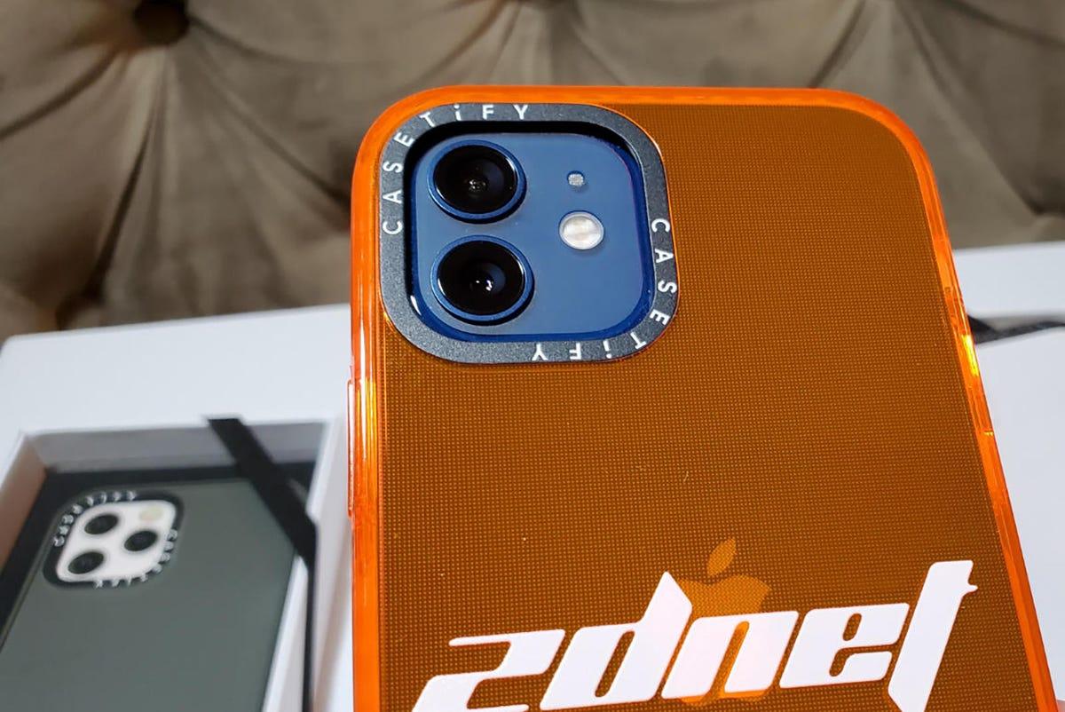casetify-iphone-12-3.jpg