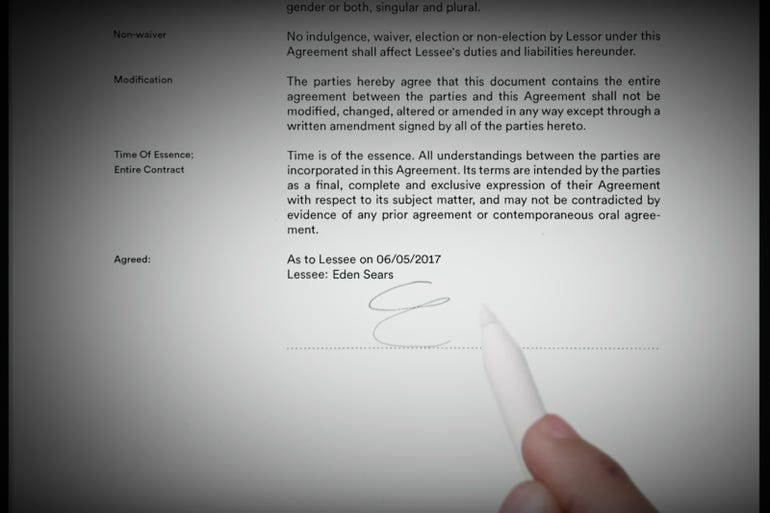 Apple Pencil: Scan and sign