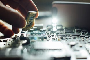 computer-hardware-engineers-shutterstock-350350565.jpg