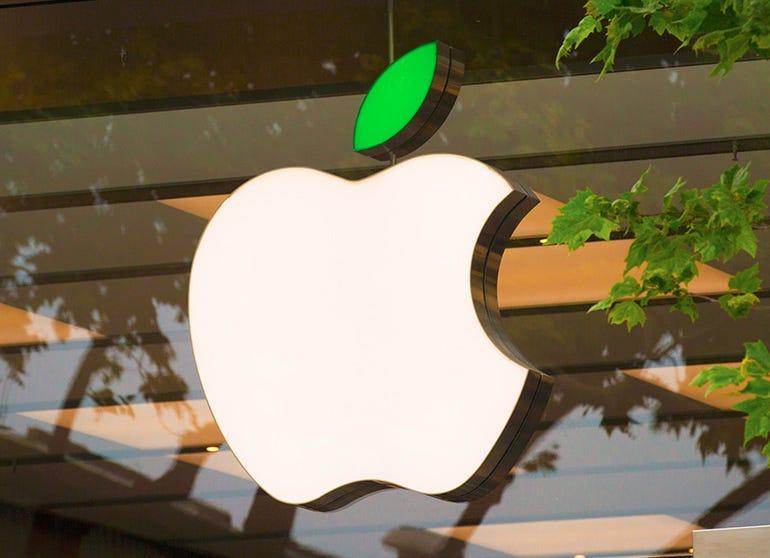 apple-logo-on-store.jpg