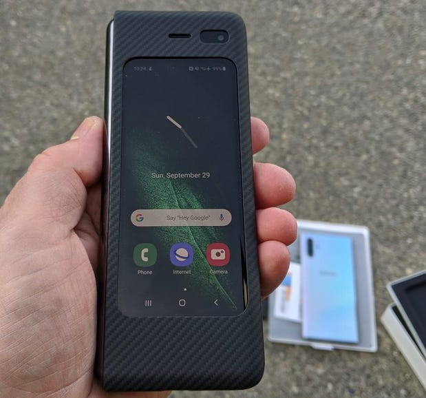 Fully functional Android phone on the front display