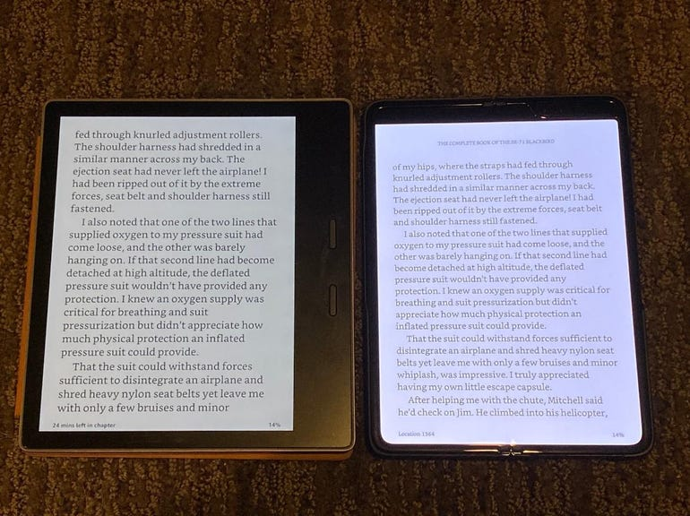 Kindle Oasis vs Galaxy Fold with Kindle app