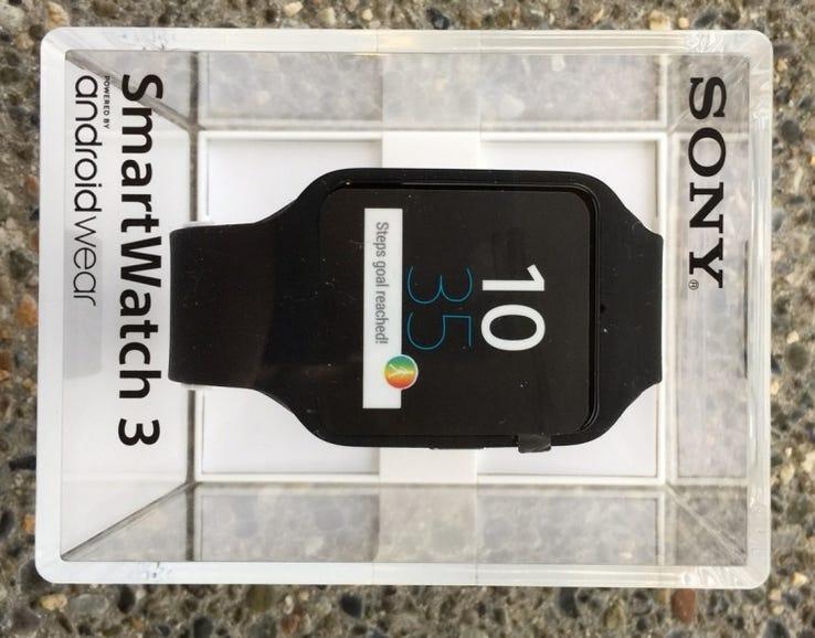 Sony SmartWatch 3 arrived