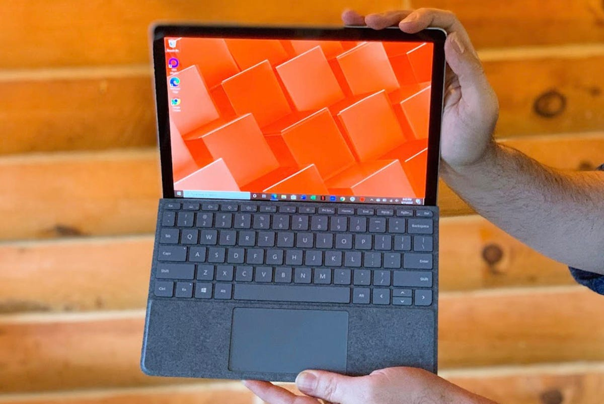 best-laptop-for-college-microsoft-surface-go-2.jpg