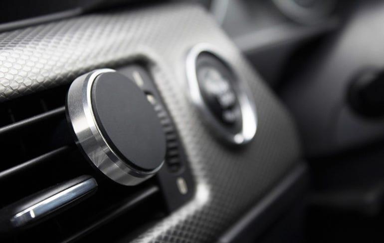 Magnetic car smartphone mount