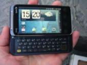 Image Gallery: EVO Shift 4G in hand