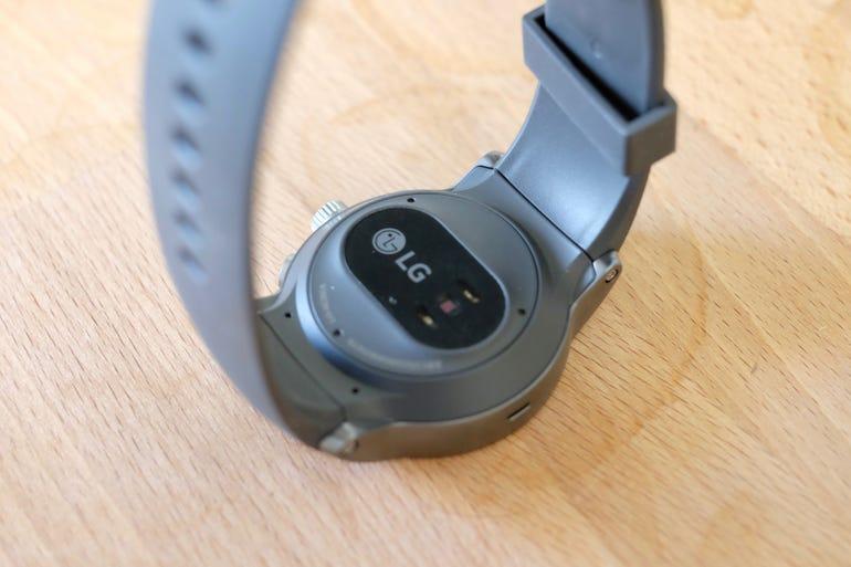 lg-watch-sport-hear-rate-sensor.jpg