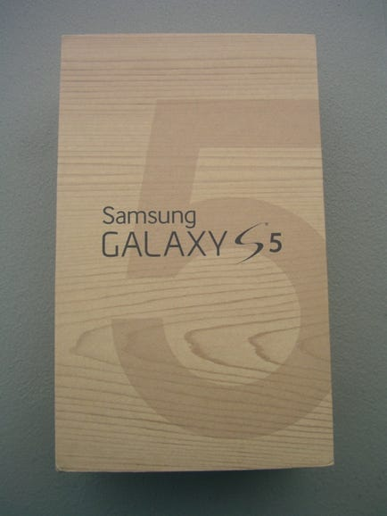 T-Mobile Samsung Galaxy S5 retail package