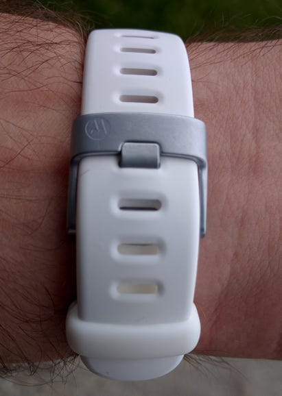 Silicone band on Moto 360 Sport