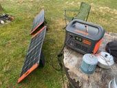 In action: Jackery Explorer 1000 and SolarSaga 100W solar panels