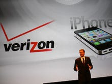 Verizon scores strong Q4; adds 1.7M new customers